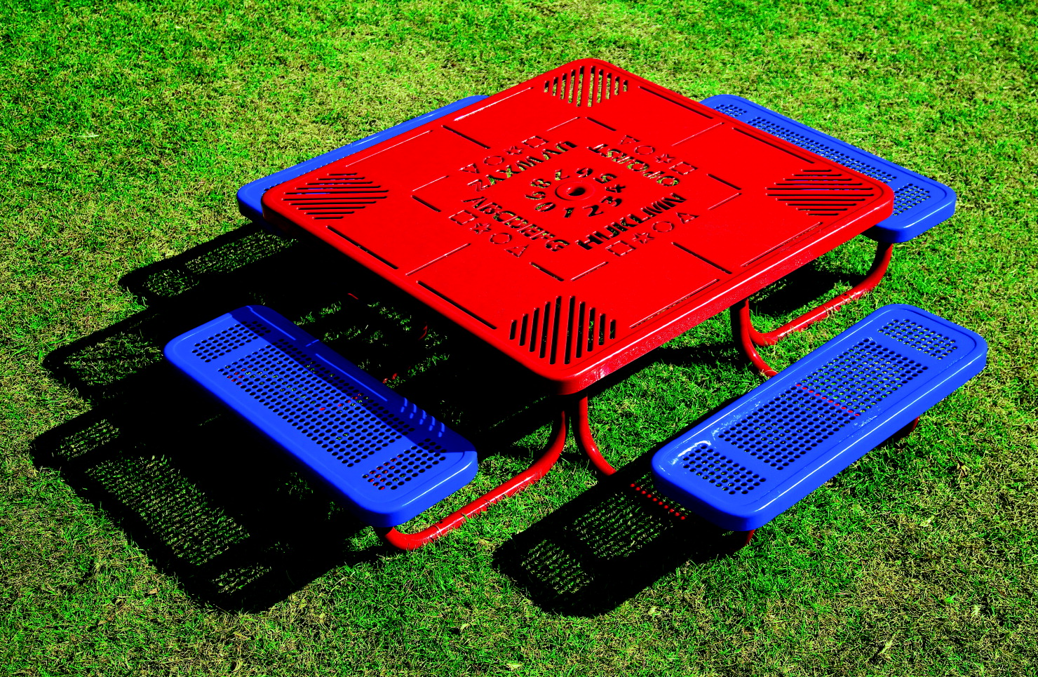 UltraSite Pre-School Square Learning Picnic Table, 78-11/16 x 78-11/16 x 20 Inches, Blue Seat, Red Frame